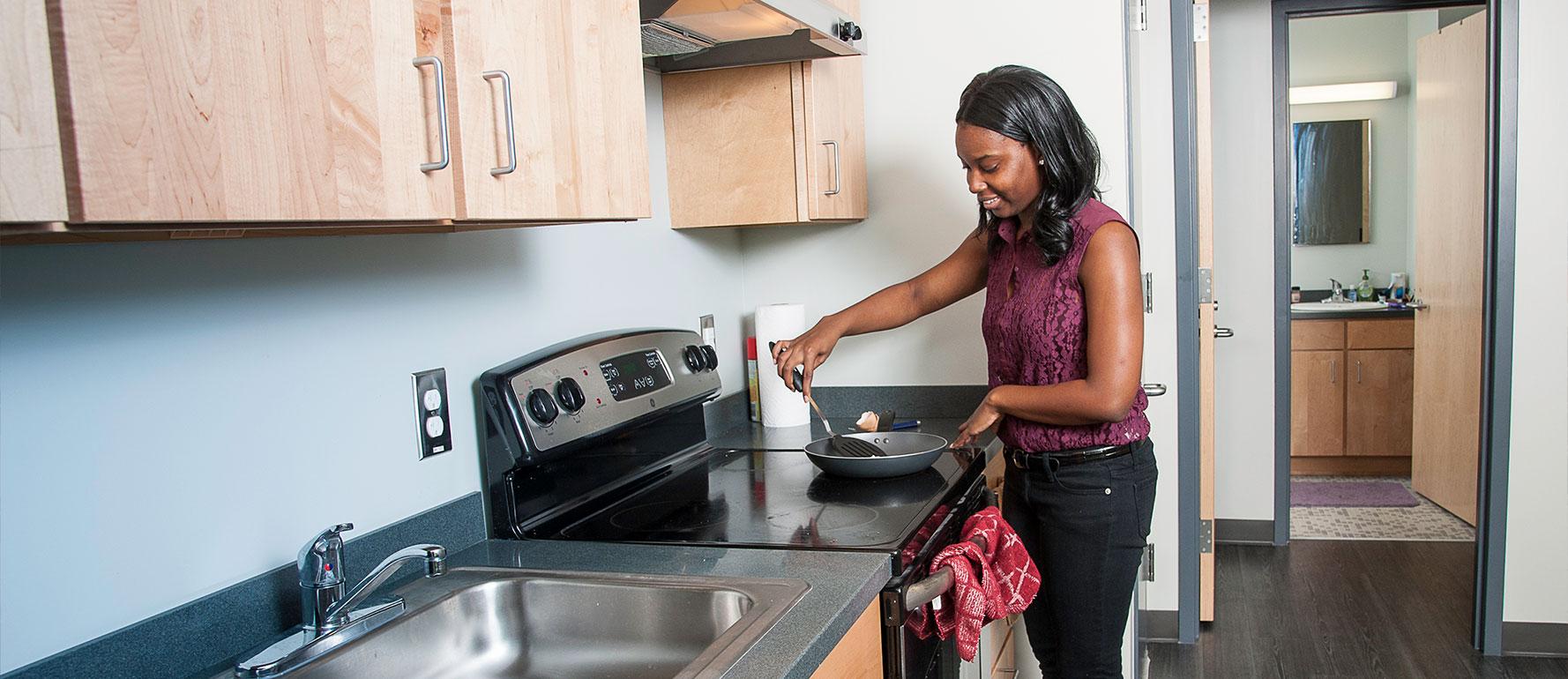 Housing-HERO-kitchen